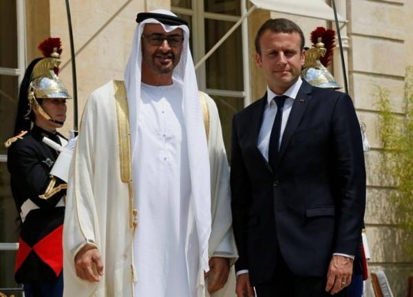 محمد بن زايد يبحث هاتفياً مع الرئيس الفرنسي المستجدات في المنطقة
