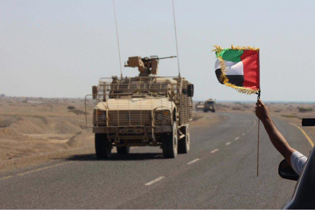 اليمنيون بينهم وزير الداخلية يتهمون الإمارات بـ