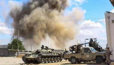 حكومة الوفاق الليبية تتهم طيران الإمارات باستهداف مدينة غريان
