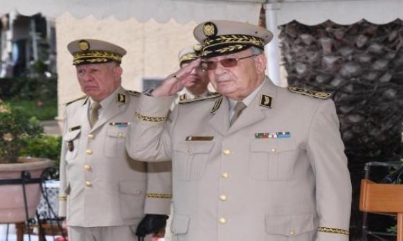 قائد الجيش الجزائري يزور أبو ظبي ويلتقي نظيره الإماراتي