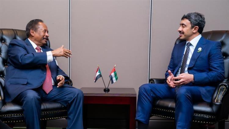 رئيس الوزراء السوداني يبحث مع عبدالله بن زايد