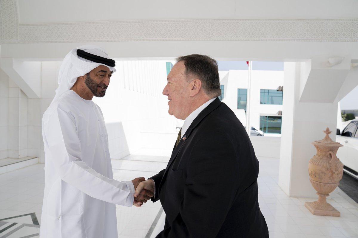 محمد بن زايد يبحث مع وزير الخارجية الأمريكي آخر المستجدات الإقليمية